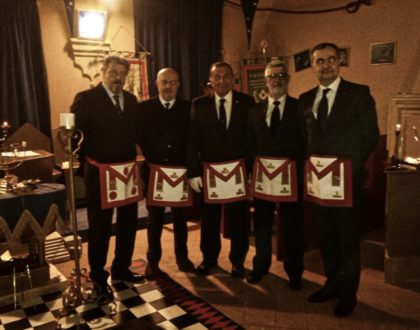 Parma a Logge Riunite per commemorare i fratelli in tornata funebre